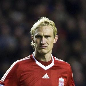 100 Pics Quiz LFC Icons Pack Level 8 Answer 1 of 5