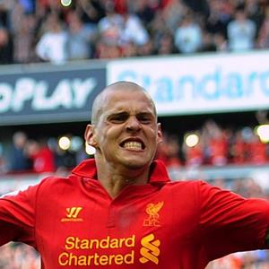 100 Pics Quiz LFC Icons Pack Level 4 Answer 1 of 5