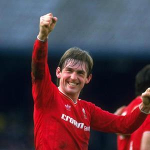 100 Pics Quiz LFC Icons Pack Level 1 Answer 1 of 5