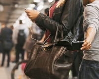 Smartphone Companies Pledge to Make Phone Theft Useless